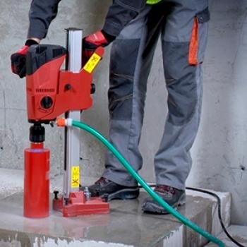 Serviço de furo em concreto na Aclimação