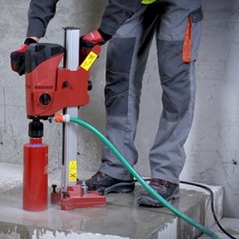 Serviço de perfuração em concreto no Ibirapuera